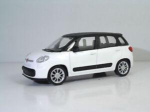 MondoMotors-53140-FIAT-500L-034-Blanc-034-METAL-1-43