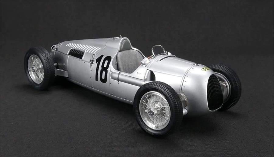 1936 Auto Union Type C Bernd Rosemeyer  18 par Cmc en 1 18 Echelle