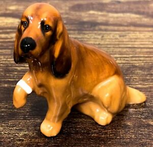 VTG Estate Royal Doulton K9 Cocker Spaniel Hurt Bandage Dog Figurine! 123