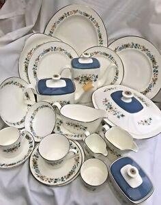 Royal-Doulton-034-Pastorale-034-Tableware-Teacup-Trios-Teapot-etc