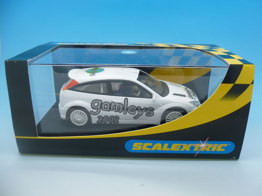 Scalextric C2471B Ford Focus WRc, Gamleys 2002 White