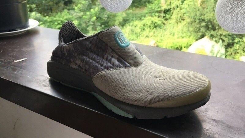 Wo  Nike Nike Nike Air Presto chanjo Nouveau Sable/gris Free moire T: XXS 35-37,5 Slip On f1b185
