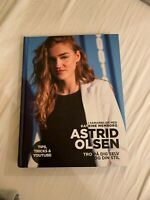 Astrid Olsen, Astrid Olsen, Skøn bog i god stand.