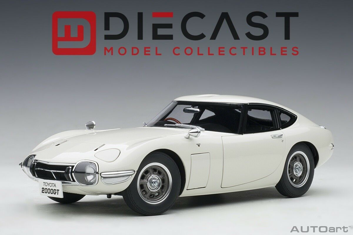 AUTOART 78753 TOYOTA 2000GT (WHITE) 1 18TH SCALE