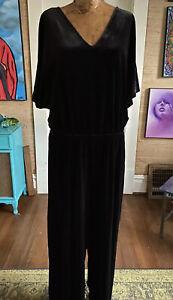 The-Gap-size-Xl-TALL-black-velvet-short-sleeve-wide-leg-jumpsuit-v-neck-NWT