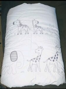 Neutral-crib-comforter-bedding-elephants-and-giraffes-baby-boy-girl-unisex