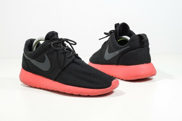 2839d9b15849d Men s Nike Roshe Run Black Siren Red Anthracite 511881-016 sz 10.5 ...