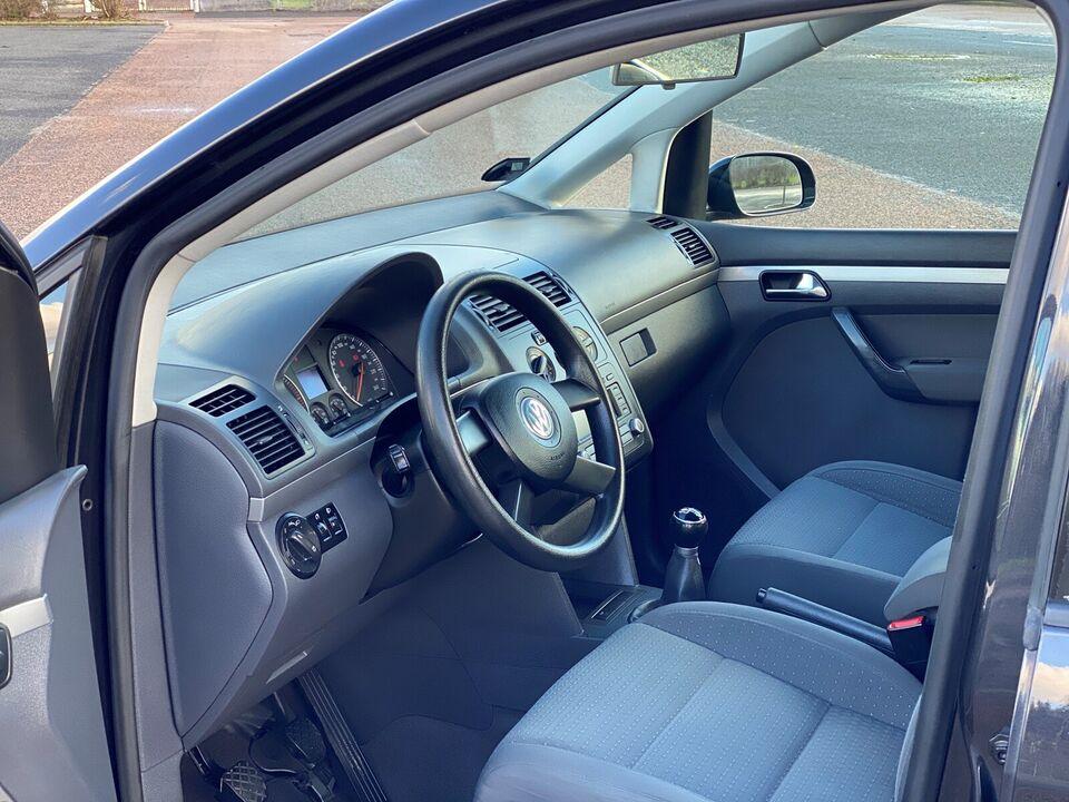 VW Touran, 1,9 TDi 100 Highline, Diesel