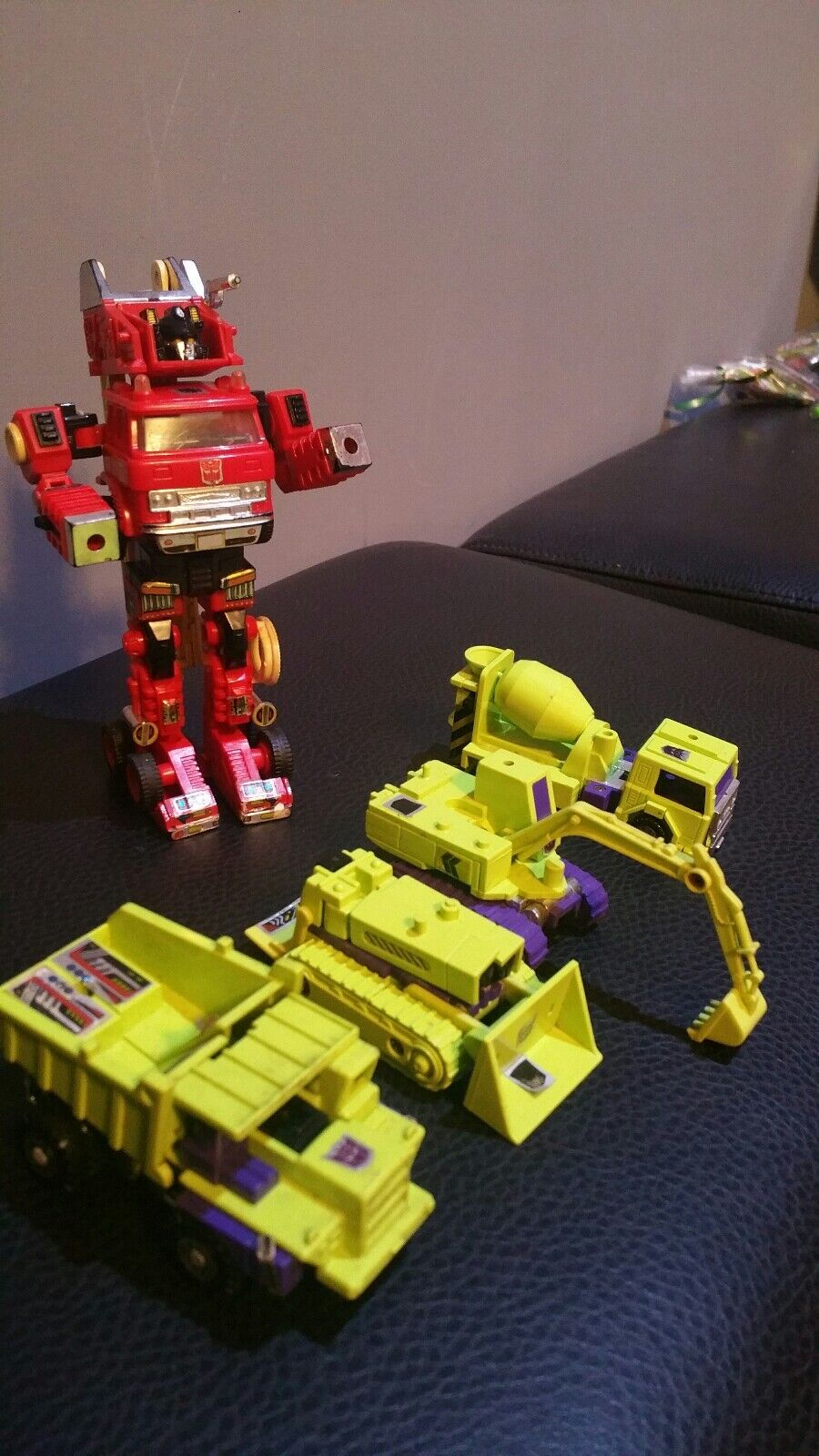 Vintage transformers g1 (5  action figures ) made in japan