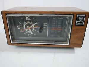 GE-Clock-Radio-7-4553C-VTG-General-Electric-Alarm-Walnut-Finish-Tested-WORKS