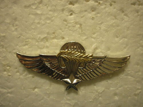 FOREIGN BADGES REPUBLIC OF VIETNAM MASTER JUMP WINGS