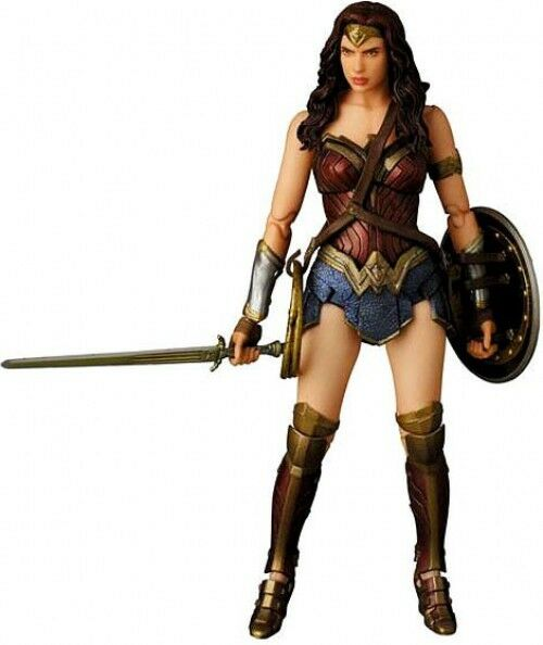 Batman v Superman  Dawn of Justice MAFEX Wonder Woman Action Figure No.024