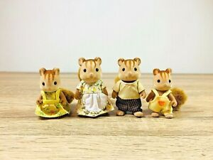 Sylvanian-Families-Furbanks-Squirrel-Family-Kenneth-Emma-Greta-Douglas-Set