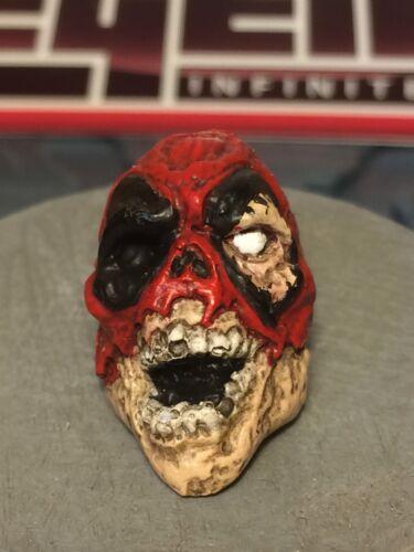 MARVEL LEGENDS CUSTOM PAINTED Zombie Deadpool 1:12 tête en fonte pour 6 in Figure environ 15.24 cm