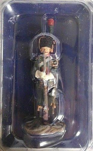 Soldado Prusiano Firme con arma Figura soldado plomo metal Agostini