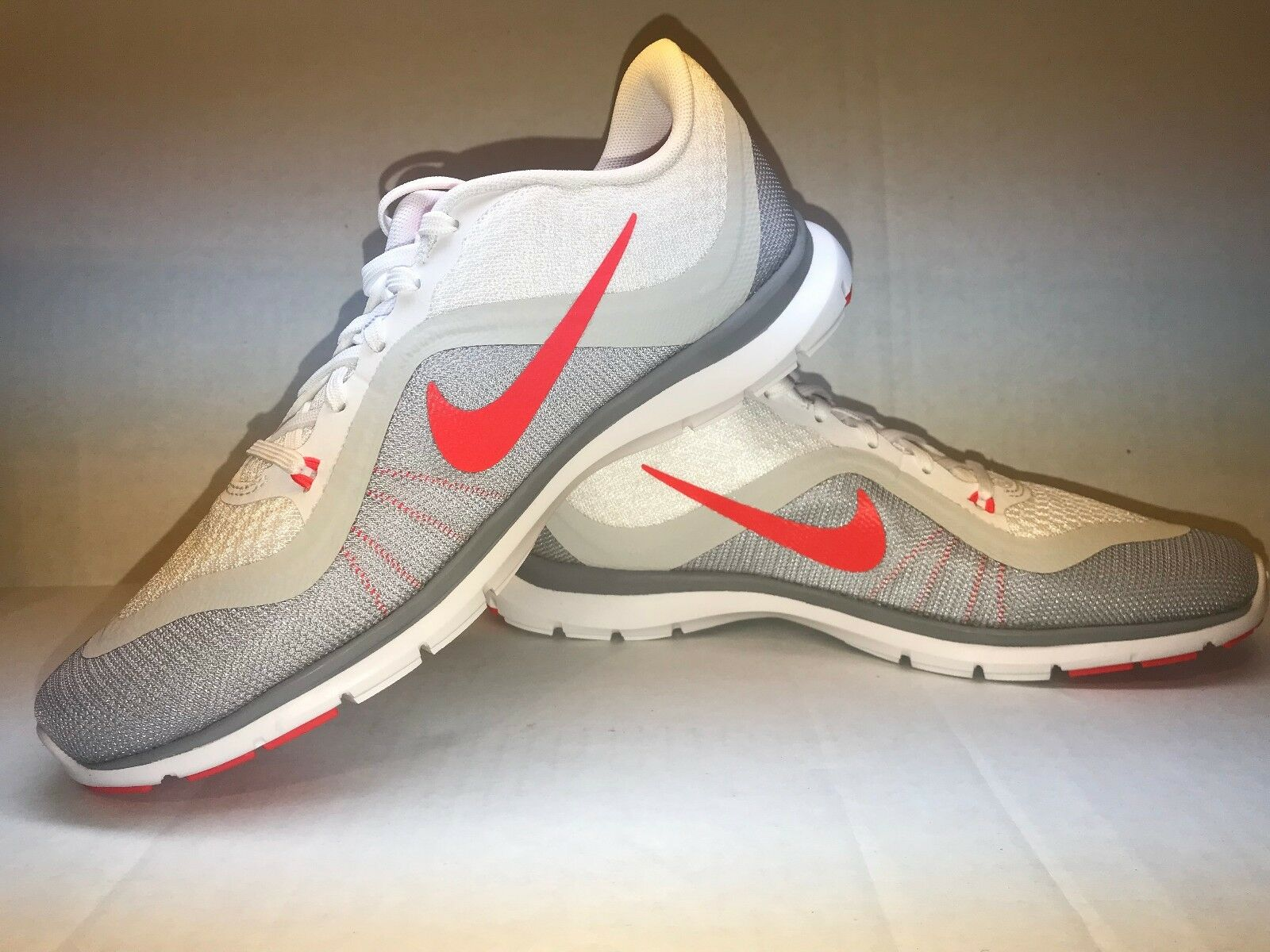 Nike Women's Flex Flex Trainer 6 Running shoes shoes shoes 831217 101 Size 8.5 63ca46