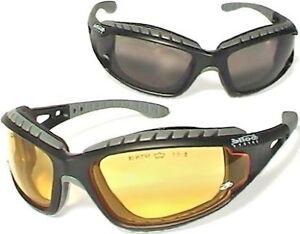 55b1cc9faa 2 paires de lunettes Tracker Bollé safety verres jaunes et fumés ...