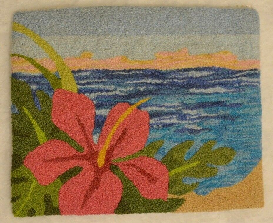 Dollhouse Miniature French Knot Rug 1:12 Hibiscus Flower