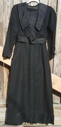 Authentic Antique/Vintage  Edwardian Drees Wool  B
