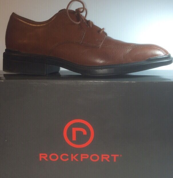 Uomo ROCKPORT Brown Leather Wingtips Shoes Oxfords Size 10 EXCELLENT