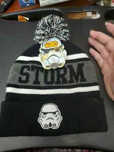 NWT Star Wars Cap Men Storm Trooper Beanie One size Knit White Black Pom Hat