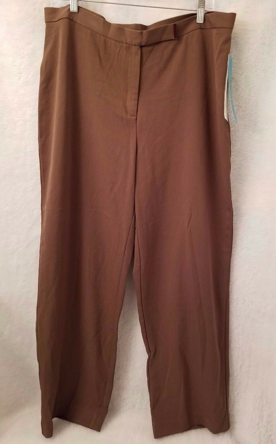 First Issue Liz Claiborne NWT Womens Greenish Brown Pants Size 18