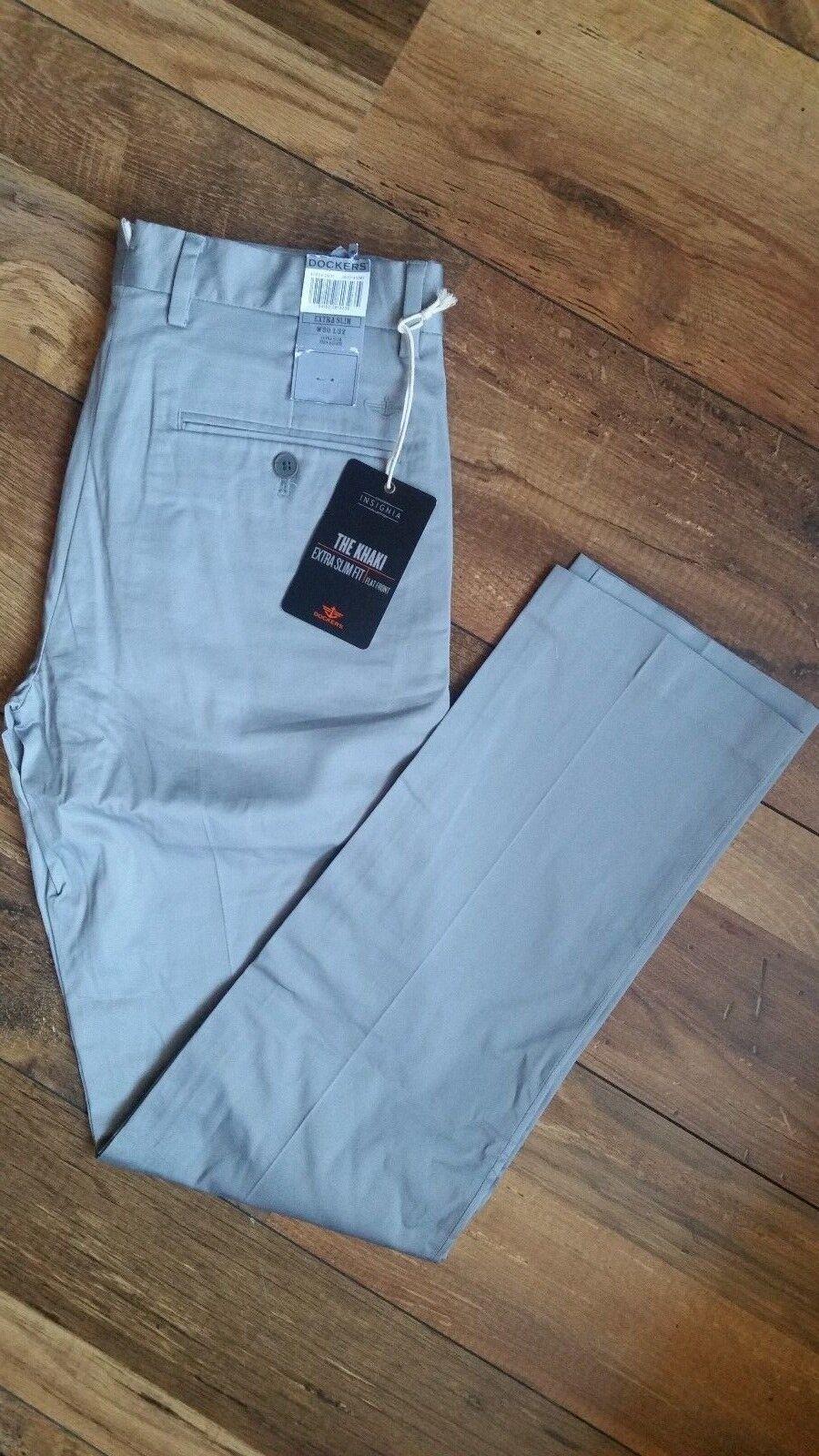 Uomo Dockers INSIGNIA la Khaki Extra Slim Fit Piatto Anteriore 47624-0031