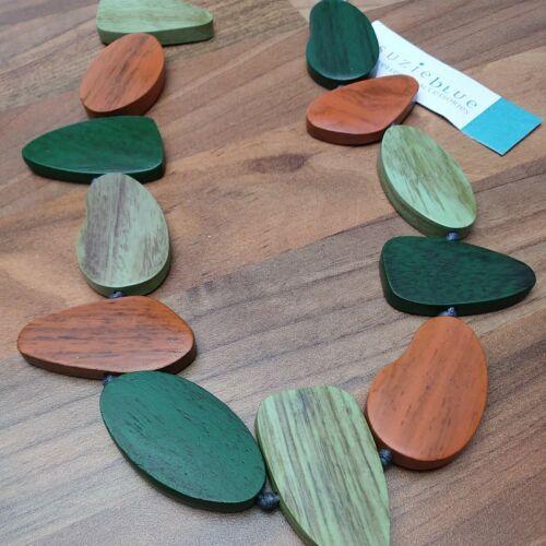 SUZIE BLUE ADJUSTABLE WOODEN PEBBLE NECKLACE Green//Orange