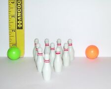 1/6 SCALE BOWLING PIN AND BALL SET FOR BARBIE DIORAMA NEW FROM PACKAGE