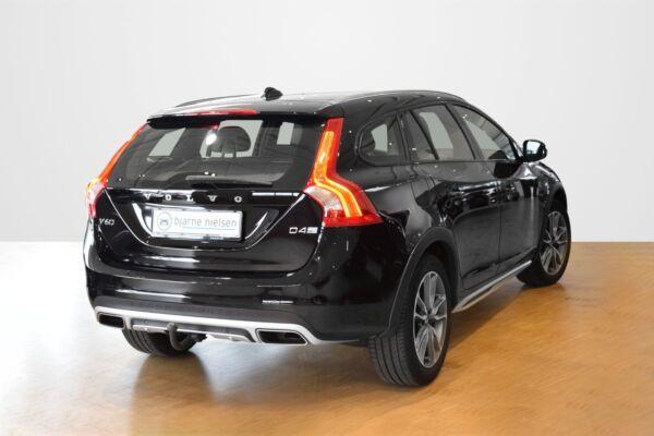 Volvo V60 CC 2,0 D4 190 Momentum aut. - billede 2