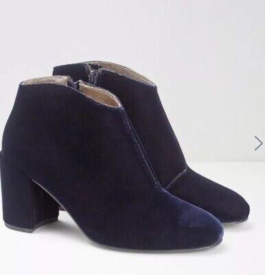 White Stuff Womens Viola Velvet Shoe