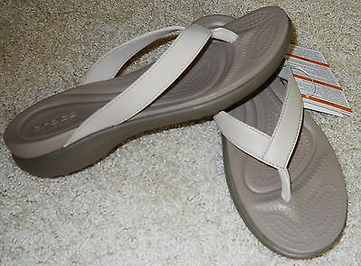 Crocs Womens Sandals Beige Capri V Flip Flop Dual Comfort 6 New
