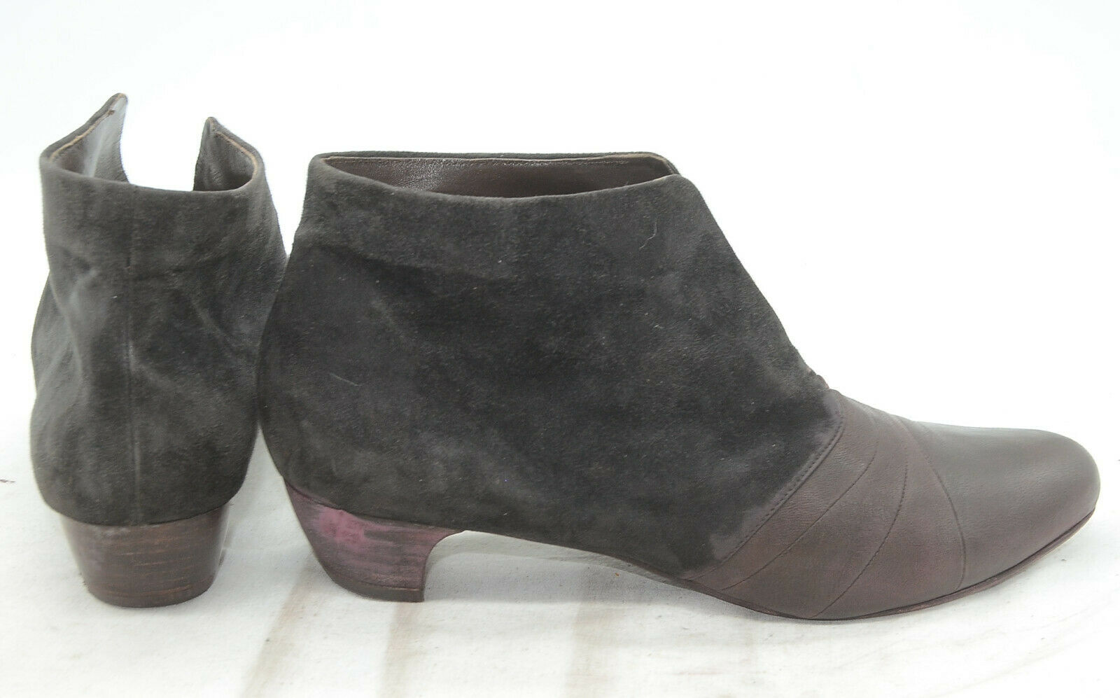 Coclico Womens Sz 40 Sleek Suede City Office Office Office Classy Leather Ankle Boots Booties 03651a