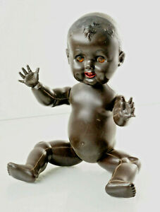 Charming-Baby-Doll-Braun-With-Sleepy-Eyes-Marked-Made-IN-Hong-Kong-4A9