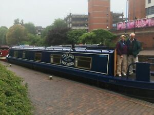Narrowboat-Holiday-Canal-Boat-Hire-Narrow-Boat-Hire