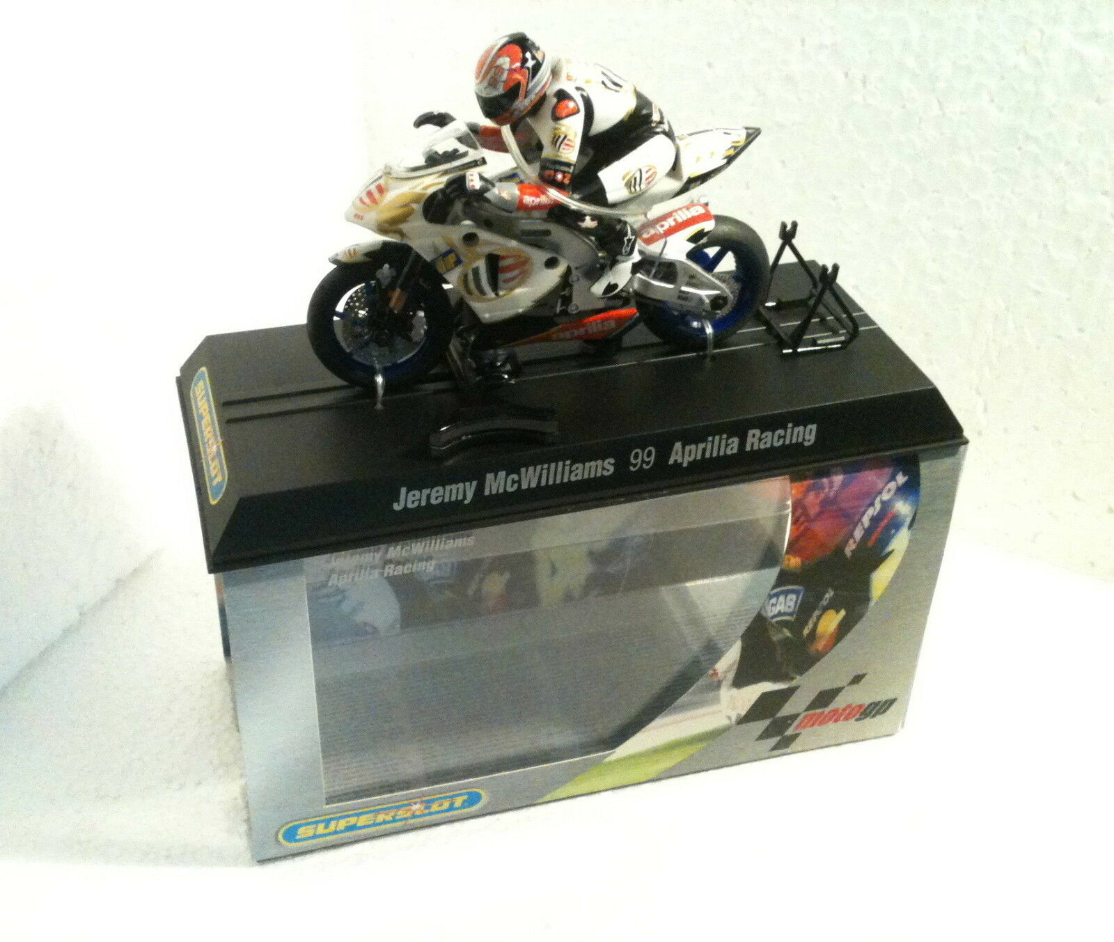 QQ H 6011 Superslot Moto  Aprilia N 99 Jeremy Mcwilliams Aprilia R Scalextric UK  negozio online