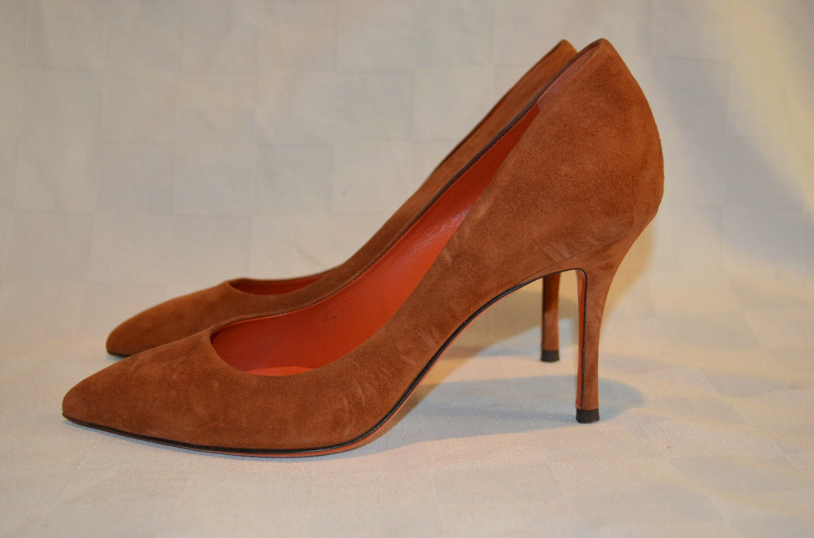 Sz 38 7.5 Santoni pink Collection Brown Suede Classic Pumps 3.5  Heels