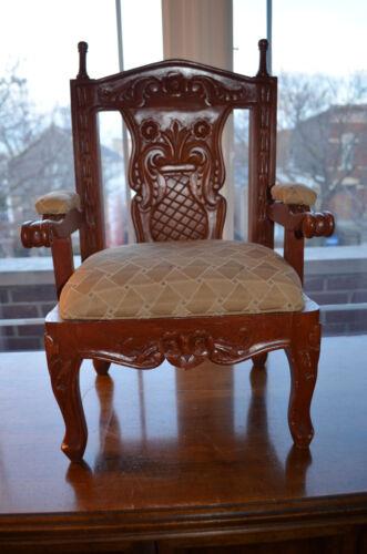 Kids cedar wood Mohagany uphostered chair beige long
