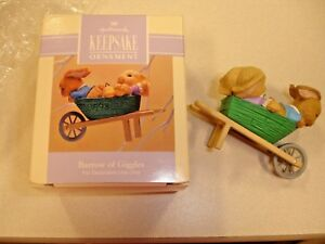 Barrow-of-Giggles-Hallmark-Keepsake-Ornament-1993-Two-Rabbits-in-a-Wheelbarrow