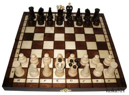 Schachspiel Schachbrett Schach Holzfiguren aus Holz mit Kiste klappbar 34x34 cm