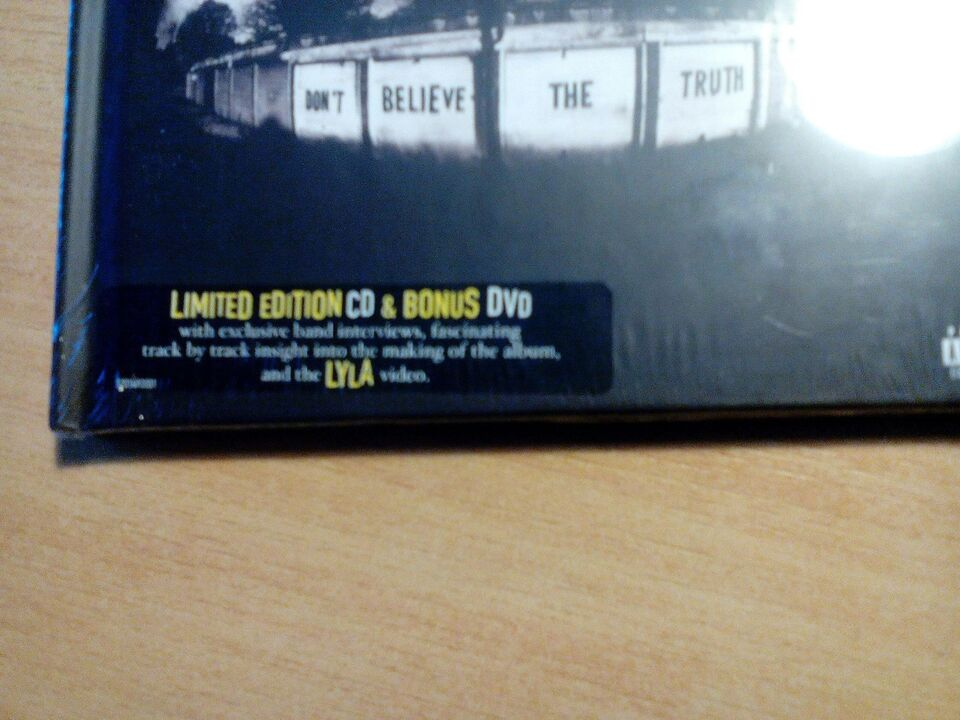 Oasis Don't believe the truth limited Ed Dvd og cd, DVD,