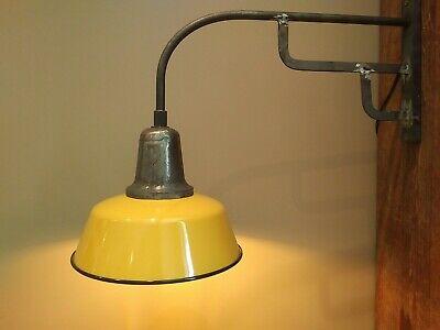 1/3 Alte Große Industrie Emaille Wandlampe, Fabrikampe,emaillampe Hoflampe