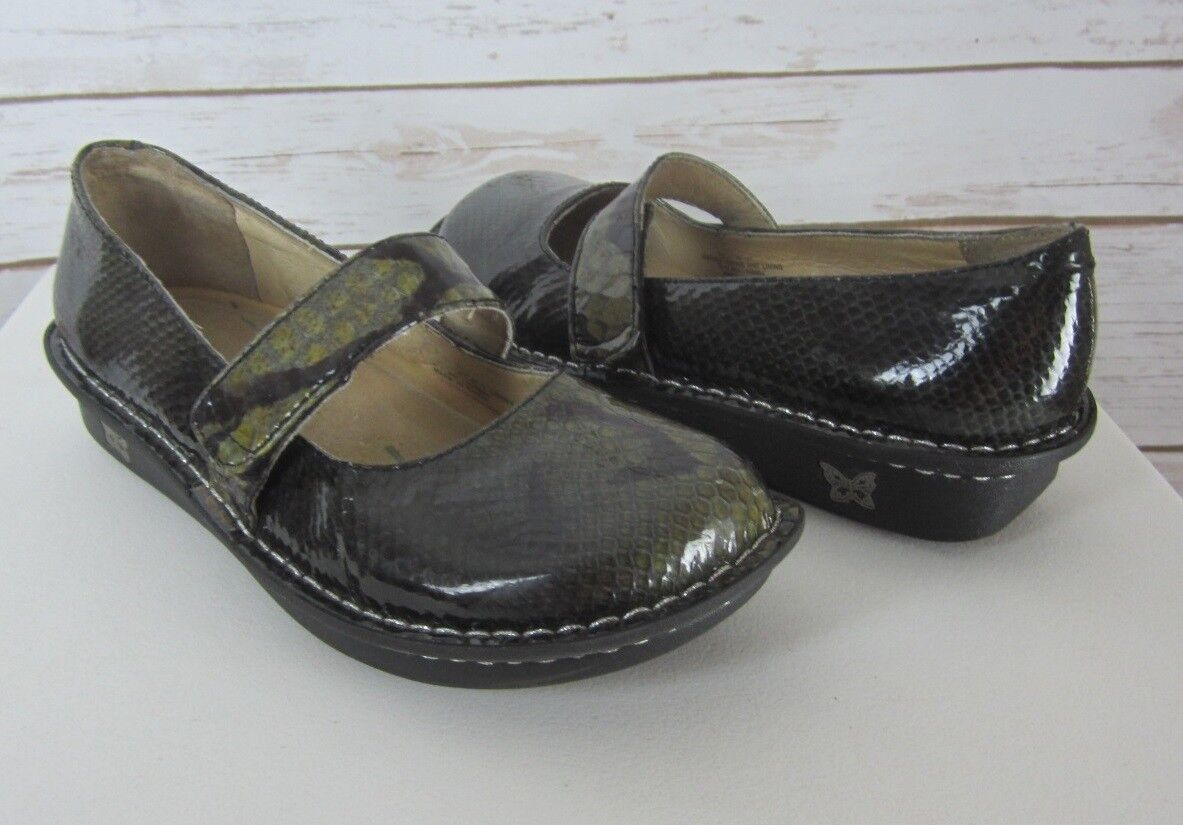 Alegria Womens 7.5 - 8 M Greeen Snakeskin Patent Leather Mary Janes
