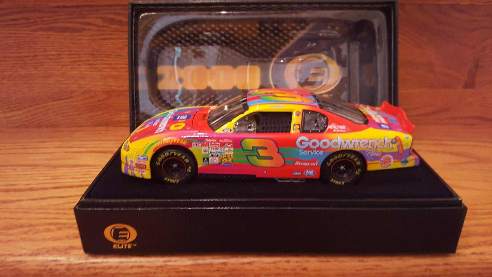 Dale Earnhardt  3 GM Goodwrench Peter Max 2000 CHEVY MONTE Racing Collectables Club of America Elite 1 24