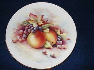 CHINA DISPLAY PLATE FRUIT Design  Painted by ex Royal Worcester Artist WALLACE