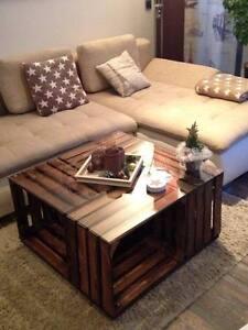 couchtisch aus obstkisten inkl glasplatte rollen. Black Bedroom Furniture Sets. Home Design Ideas