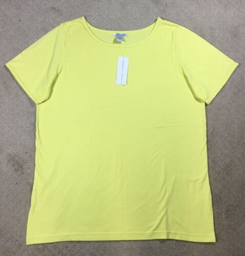 NWT Women/'s Silhouettes Cotton Crewneck T-Shirt Top