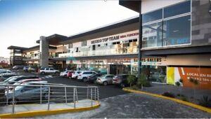 Local en plaza  UBIKA MILENIO, Planta Alta Local 211