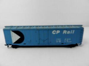 Vintage Plug Door Box Car CP Rail 50' 56767 Blue HO Scale Train