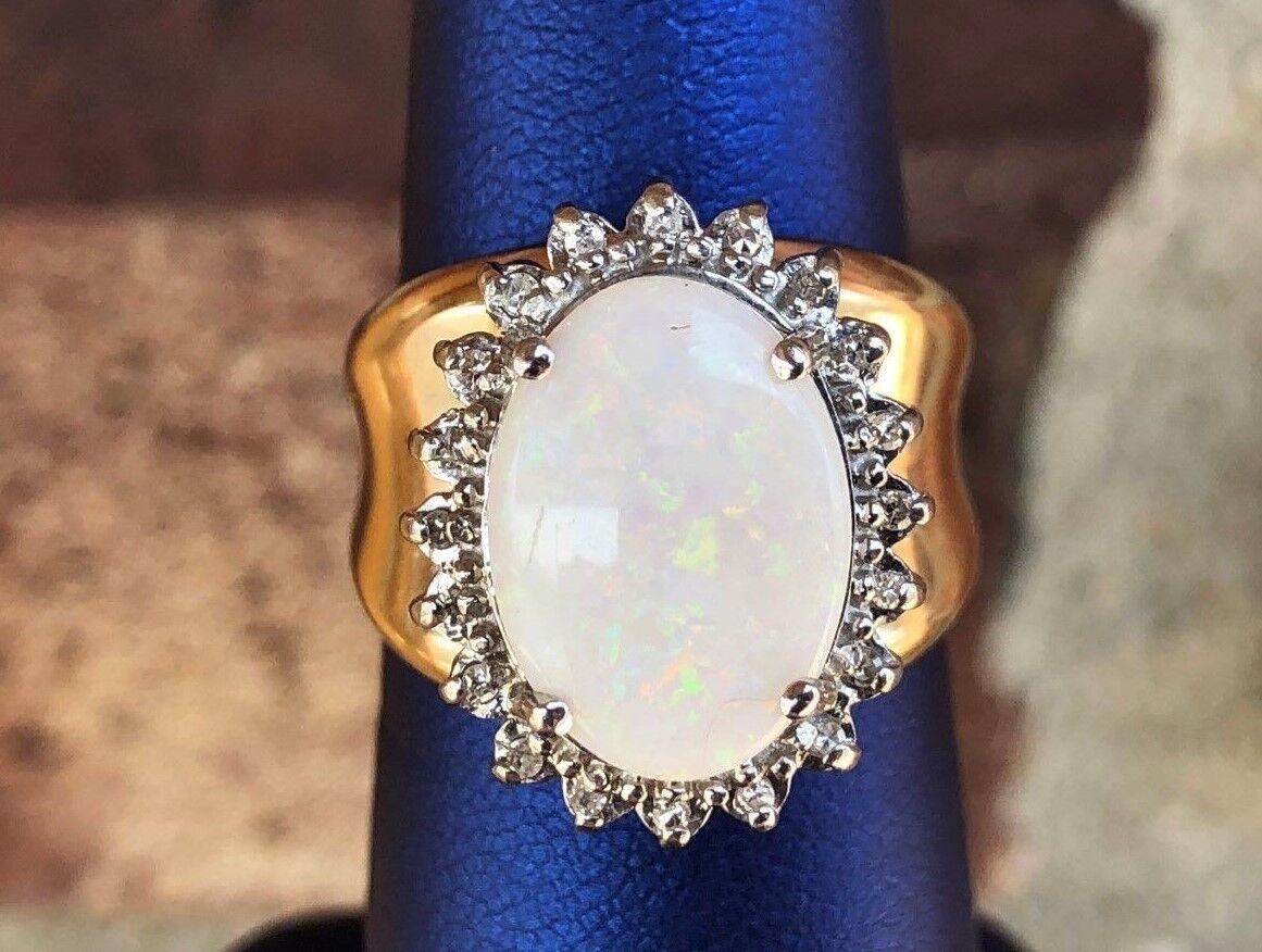 14KT GENUINE OPAL & DIAMOND LADIES RING SIZE 7